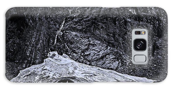 White Mountain National Forest Galaxy Case - Big Four Ice Caves Black And White by Pelo Blanco Photo