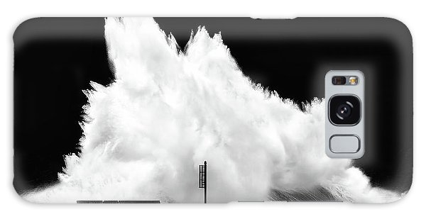 Big Wave Breaking On Breakwater Galaxy Case