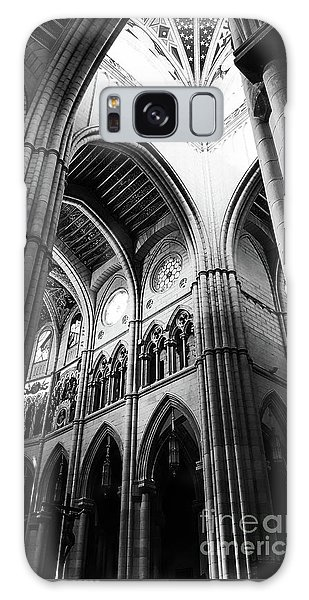 Black And White Almudena Cathedral Interior In Madrid Galaxy Case