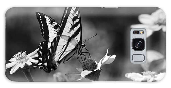 Black And White Butterfly On Flower Galaxy Case