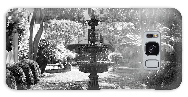 Black And White Charleston Fountain Galaxy Case