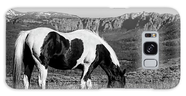 Black And White Horse Grazing In Wyoming In Black And White  Galaxy Case