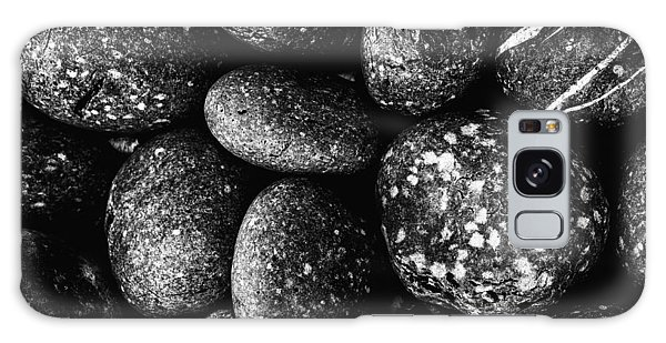 Black And White Stones One Galaxy Case