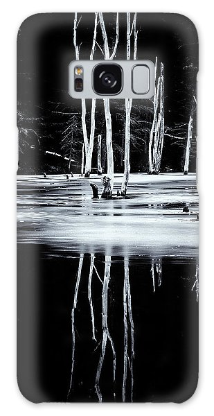 Black And White Winter Thaw Relections Galaxy Case