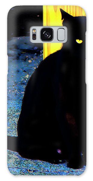 Black Cat Yellow Eyes Galaxy Case