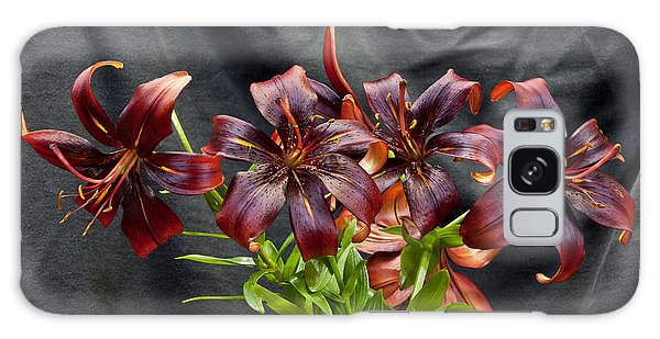 Black Lilies Galaxy Case