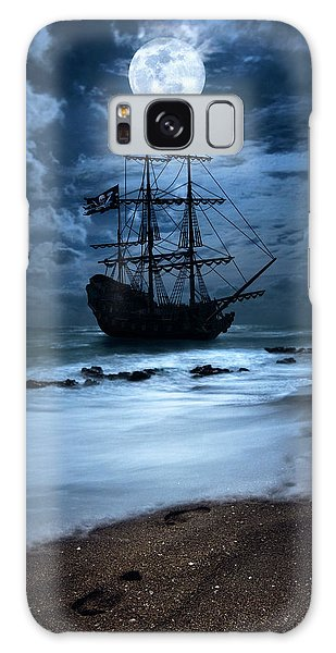 Black Pearl Pirate Ship Landing Under Full Moon Galaxy Case