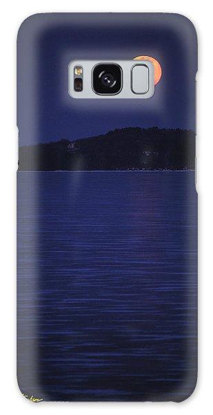Blood Moon - Black Point - Lake Geneva Wisconsin Galaxy Case