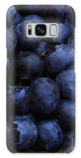 Blueberries Close-up - Vertical Galaxy Case