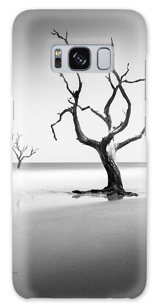 Bull Galaxy Case - Boneyard Beach Xiii by Ivo Kerssemakers