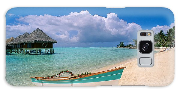 Bora Bora, Hotel Moana Galaxy Case