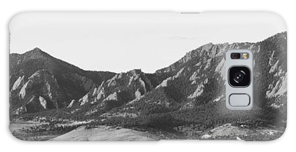 Boulder Colorado Flatirons And Cu Campus Panorama Bw Galaxy Case