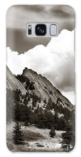 Large Cloud Over Flatirons Galaxy Case