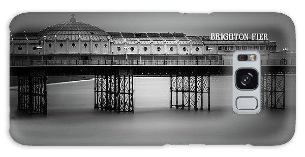 England Galaxy Case - Brighton Pier, England by Ivo Kerssemakers