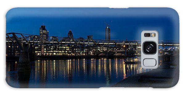 British Symbols And Landmarks - Millennium Bridge And Thames River At Low Tide Galaxy Case