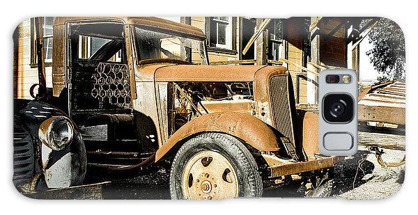 Vintage 1935 Chevrolet Galaxy Case