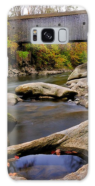 Bulls Bridge - Autumn Scene Galaxy Case