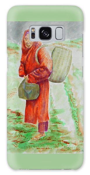 Bundled And Barefoot -- Portrait Of Old Asian Woman Outdoors Galaxy Case