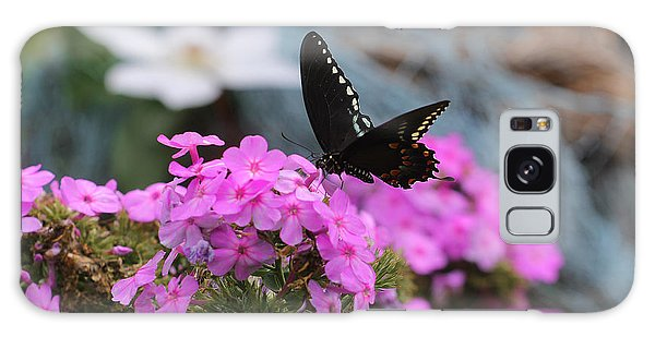 Butterfly -- Black On Pink Galaxy Case