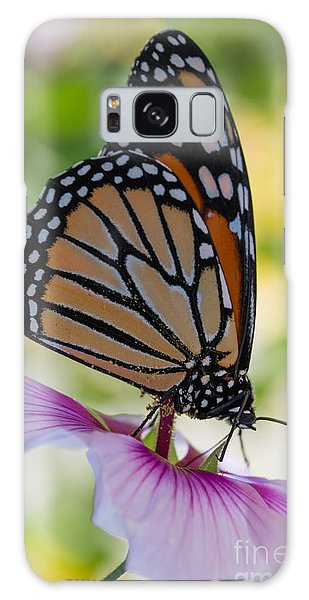 Butterfly And Hibiscus Galaxy Case