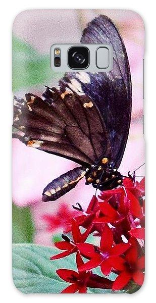 Black Butterfly On Red Flower Galaxy Case