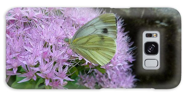 Butterfly On Mauve Flowers Galaxy Case