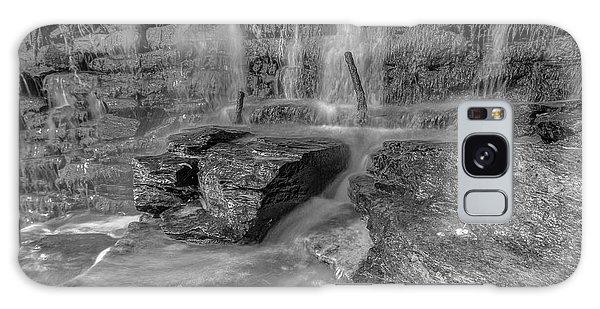 Bw Rock Wall Waterfall Galaxy Case