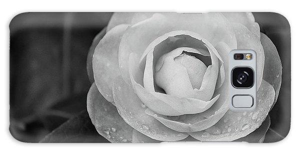 Camellia Black And White Galaxy Case