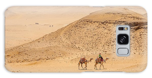 Galaxy Case - Camels In The Egyptian Desert by Iordanis Pallikaras