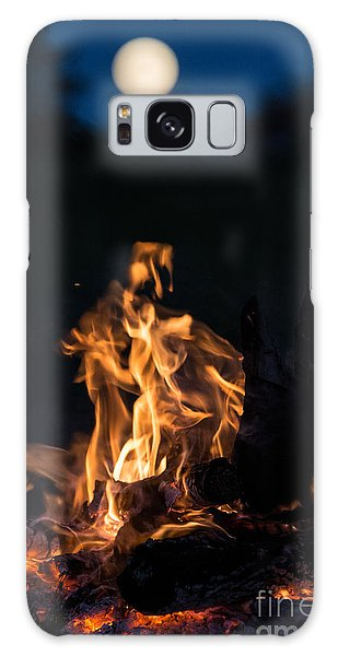 Galaxy Case - Camp Fire And Full Moon by Cheryl Baxter
