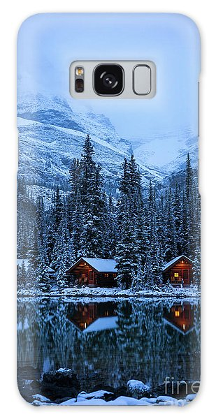 Moraine Lake Galaxy Case - Canadian Rockies Winter Lodges Snow Reflection by Mike Reid