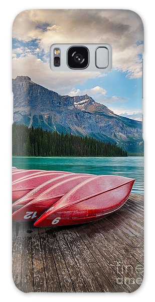 Canoes At Emerald Lake In Yoho National Park Galaxy Case