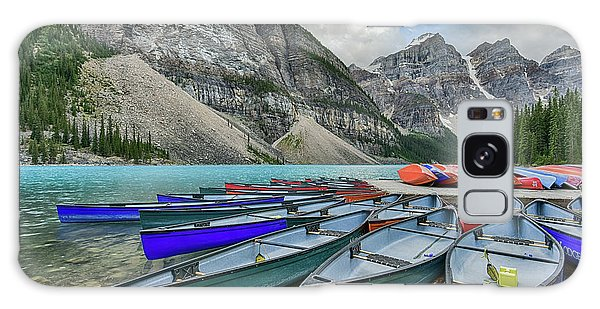 Canoes On Moraine Lake  Galaxy Case