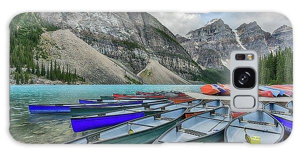 Canoes On Moraine Lake  Galaxy Case