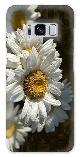 Cascading Daisy Galaxy Case