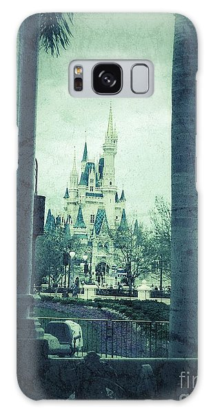 Castle Between The Palms Galaxy Case