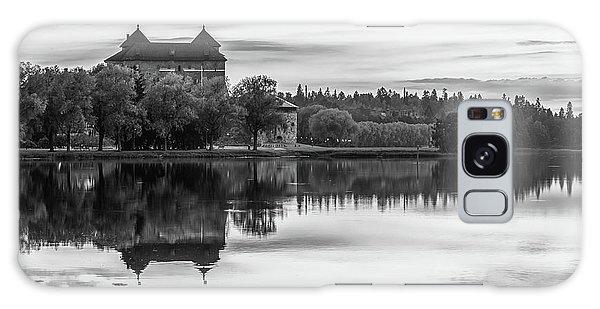 Castle In Black And White Galaxy Case by Teemu Tretjakov