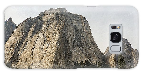 Cathedral Spires Yosemite Valley Yosemite National Park Galaxy Case