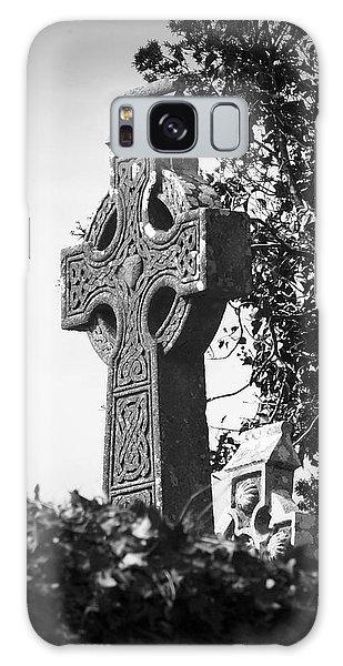 Celtic Cross At Fuerty Cemetery Roscommon Ireland Galaxy Case