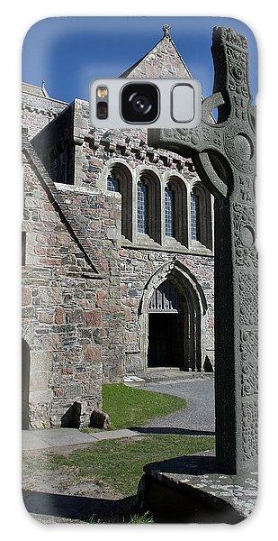 Celtic Cross, Iona, Scotland Galaxy Case by Jacqi Elmslie