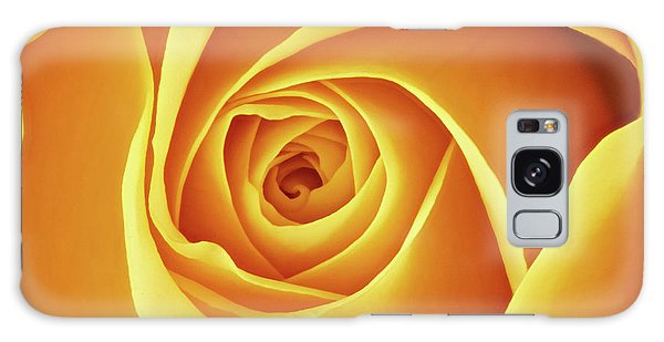 Center Of A Yellow Rose Galaxy Case