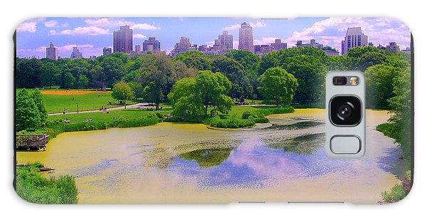 Central Park And Lake, Manhattan Ny Galaxy Case