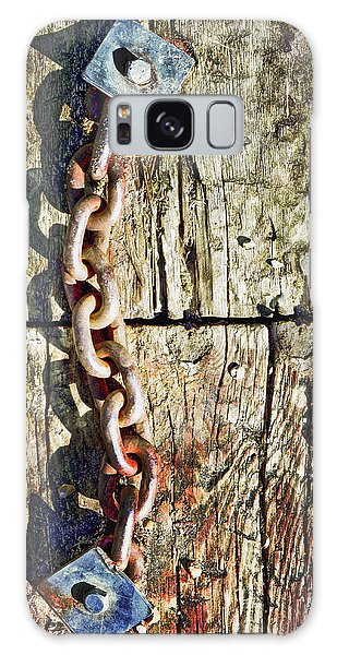 Rusty Chain Galaxy Case - Chain by Tom Gowanlock