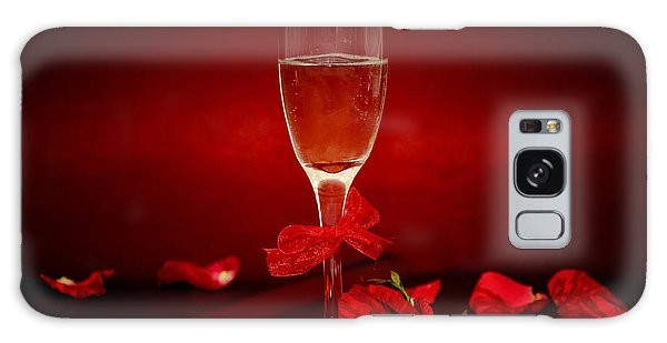 Champagne Glass With Red Roses And Petals Galaxy Case