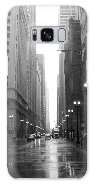 Chicago In The Rain 2 B-w Galaxy Case