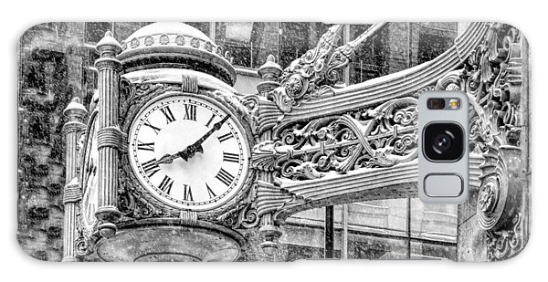 Chicago Marshall Field State Street Clock Black And White Galaxy Case
