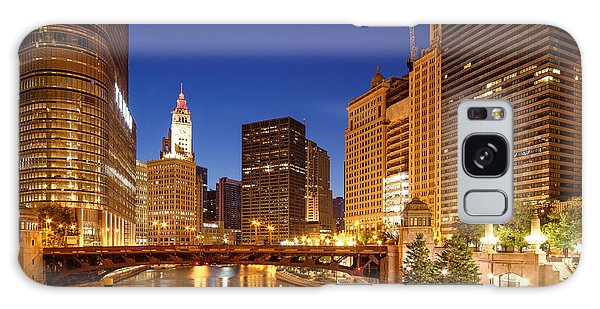 Chicago River Trump Tower And Wrigley Building At Dawn - Chicago Illinois Galaxy Case
