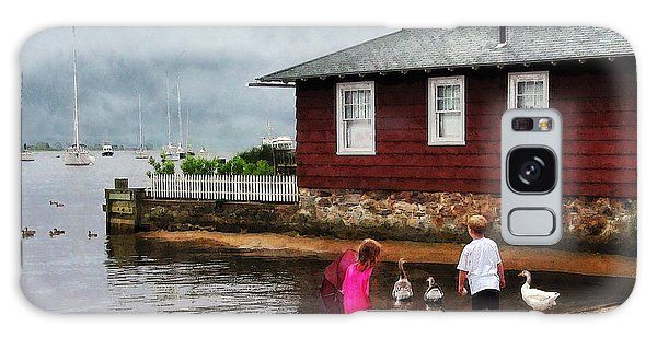 Children Playing At Harbor Essex Ct Galaxy Case by Susan Savad