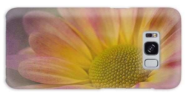 Chrysanthemum 3 Galaxy Case