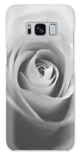 Classic Bw Rose Galaxy Case